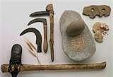 10 - Hace 600 mil años, el período paleolítico o la edad de piedra antigua, los primitivos hombres de la época, utilizaban instrumentos y herramientas.
